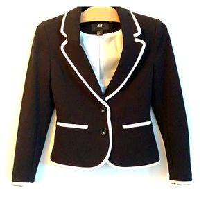 NWOT H&M black and white lined blazer